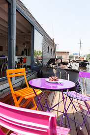 Houseboat Emmy