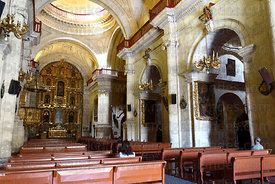 Interior of La Compañia de Jesus church , Arequipa , Peru