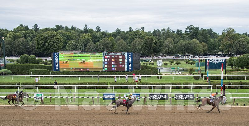 Saratoga_races--1August_14_2016-1_1600_sec_at_f_6.3_-