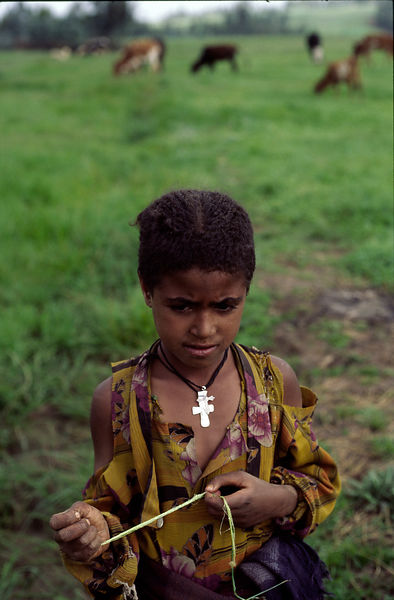 A Ethiopian child in a field