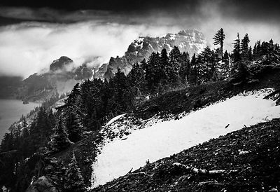 1088-Crater_Lake_National_Park_Oregon_USA_2014_Laurent_Baheux