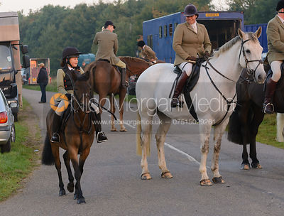 Vix Welton -The Cottesmore Hunt at America Lodge Crossroads 23/9