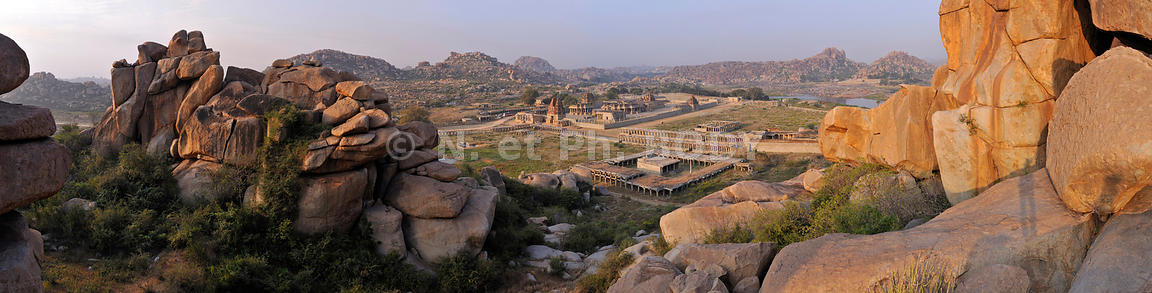 TEMPLE DE ACHYUTARAYA, HAMPI, KARNATAKA, INDE // TEMPLE OF ACHYUTARAYA, HAMPI, KARNATAKA, INDIA