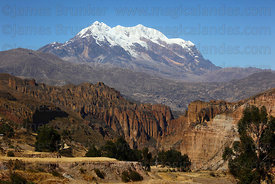 Palca Canyon and Mt Illimani, Cordillera Real, Bolivia