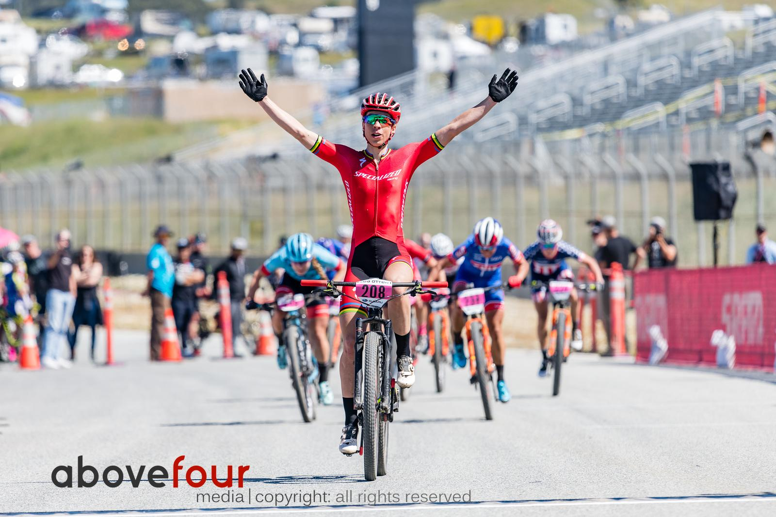 Annika Langvad (Specialized Racing) takes the victory ahead of Katerina Nash (Clif Pro Team) and Evie Richards (Trek Factory ...