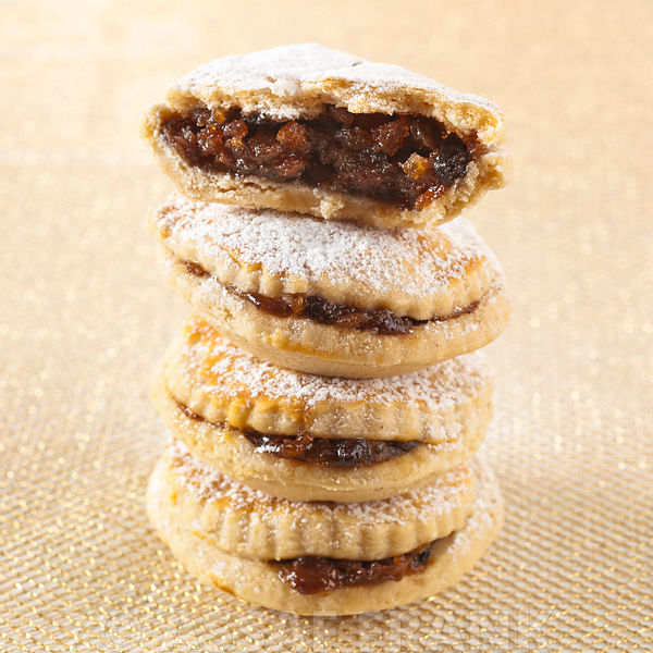 Stacked mince pies