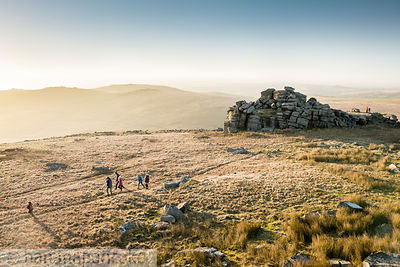 BP5845B - Walkers on Great Mis Tor, Dartmoor