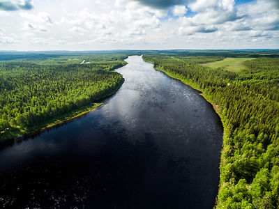River Muonionjoki, border river between Sweden and Finland