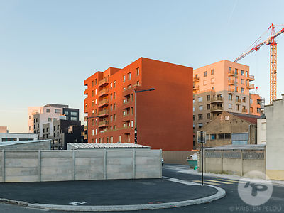 Buildings by Atelier Tachon, Ivry sur Seine.