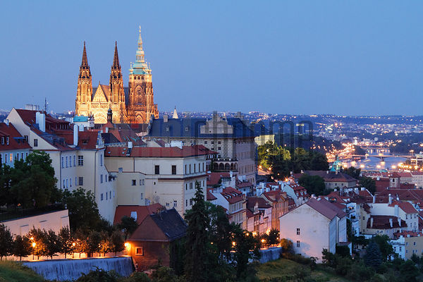 Prague Castle and St. Vitus Cathedral at dusk