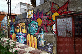 Mural remembering victims of femicide and protesting against violence against women, Tarija, Bolivia