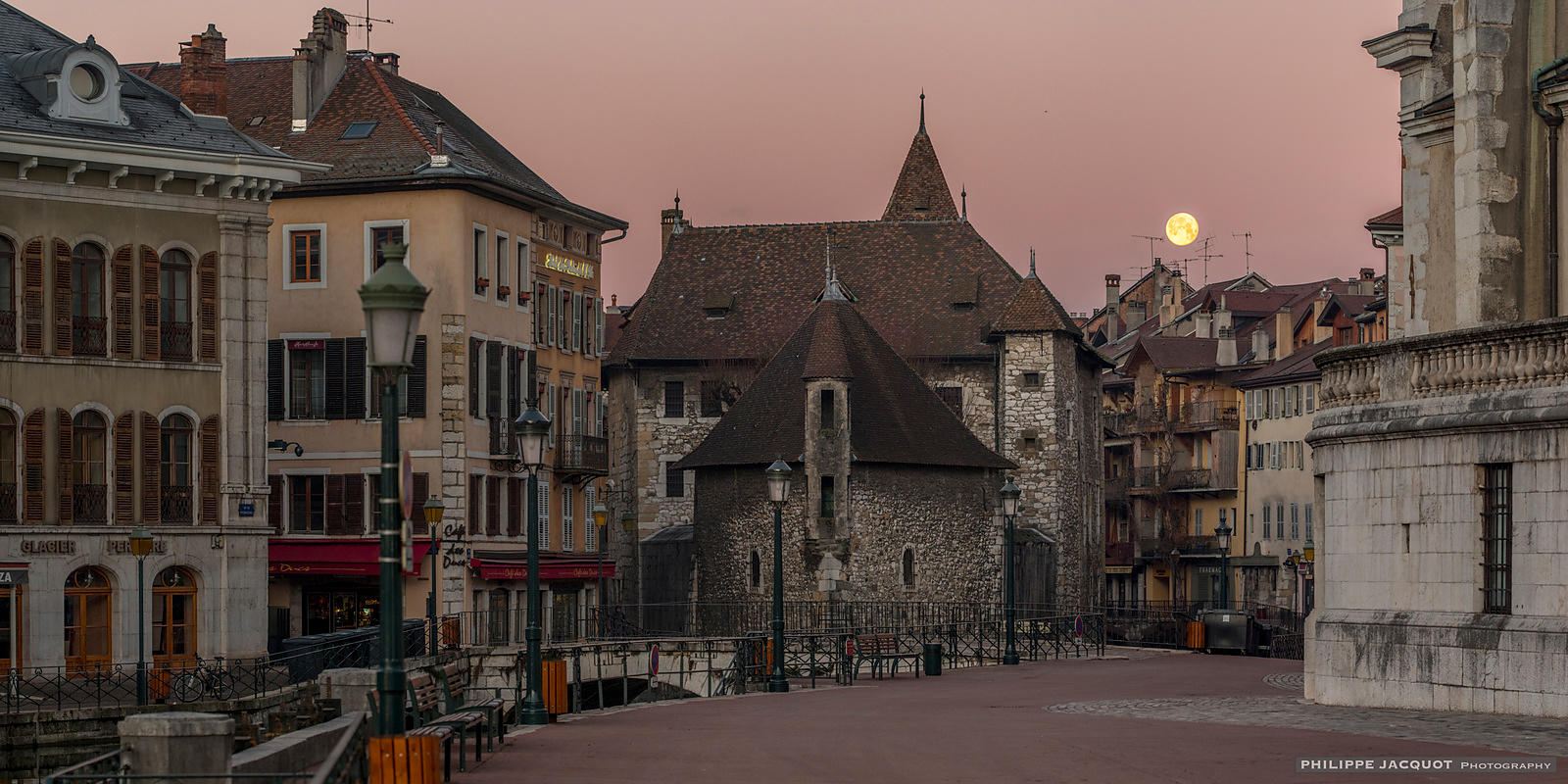Full Moon over the Palace - Annecy