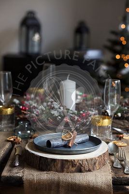 Christmas setting table