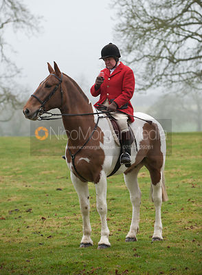 Fernie Hunt at Illston Grange 16/2 photos