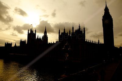 Silhouette of Parliament viewed from Westminster Bridge