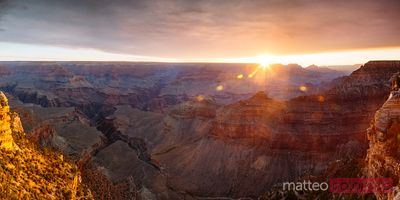 Panoramic sunrise over Mather point, Grand Canyon, USA