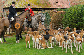 Charles Moore, John Holliday and Hounds - The Belvoir at Burton Pedwardine