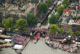 Amsterdam - Luchtfoto Canal Parade 14
