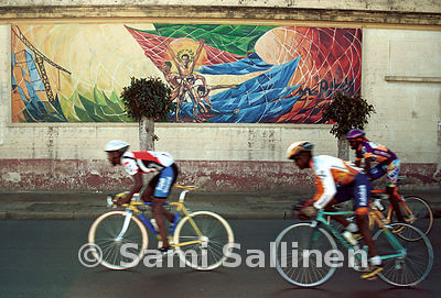 Mural and cyclists