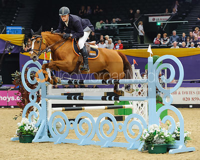 James Scullion and Babs Van de Rostal - The Horse and Hound Foxhunter, Horse of the Year Show 2010