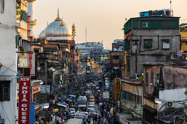 Elevated View of Traffic on Mahatma Ghandi Road and the Nakhoda Mosque