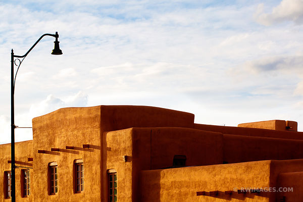 SANTA FE NEW MEXICO ARCHITECTURE COLOR