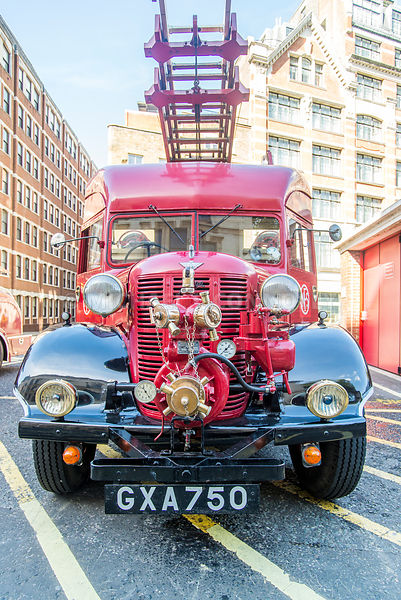 London Fire Brigade- Vintage Fire Truck (Front)