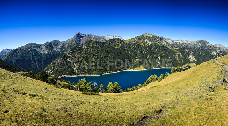 Panoramic view of Lac d'Oule at Saint Lary Soulan
