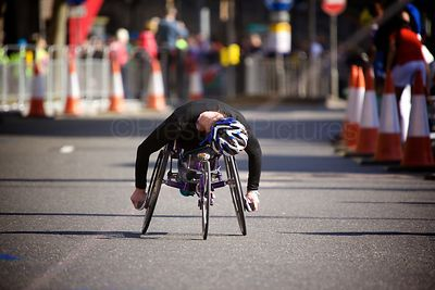 Tatyana McFadden (1st) Competing in the 2014 London Marathon