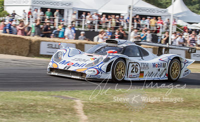 Porsche 911 GT1/98 (3.2-litre turbocharged flat-6, 1998), Winner of the 24 Hours of Le Mans 1998 - Goodwood Festival of Speed...