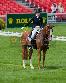 Emily Llewellyn and Pardon Me II - Dressage