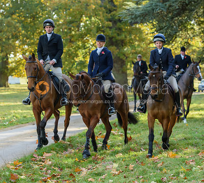 Gemma Redrup arriving at the meet - Fitzwilliam Opening Meet 2016