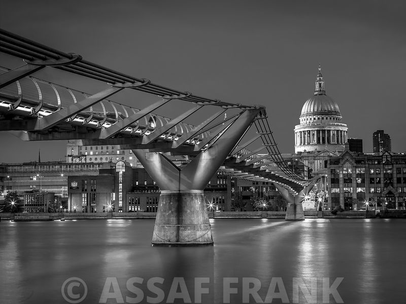 The Millennium bridge and St Paul's