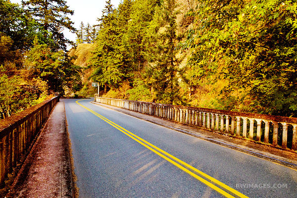 HISTORIC COLUMBIA RIVER HIGHWAY NEAR SHEPPERD'S DELL
