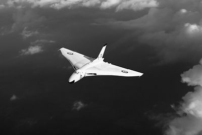 White Avro Vulcan B1, black and white version