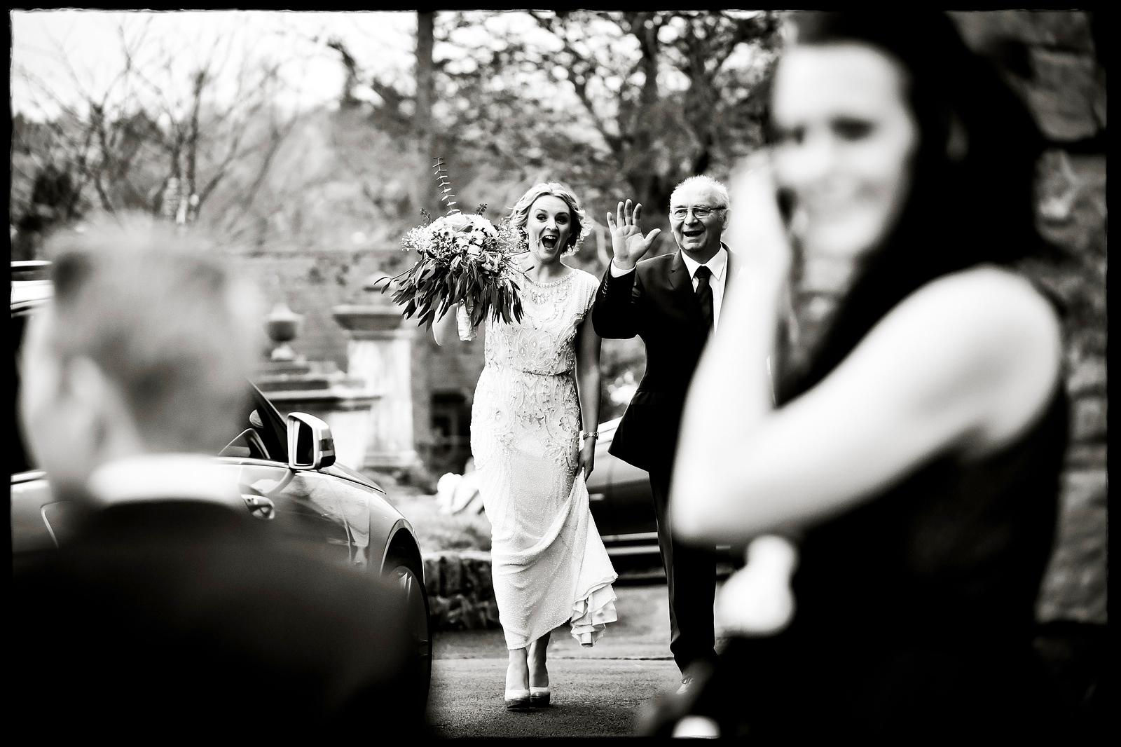 | Documentary wedding photography |