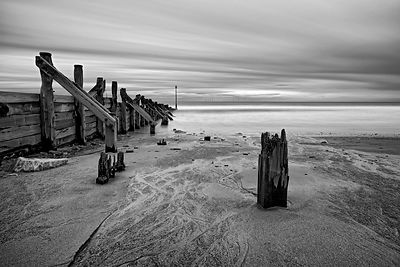 Fine art print | Posts in the beach (B&W)