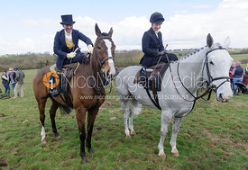 Lizzie Harris and Jessica Cherriman - Dianas of the Chase - Side Saddle Race 2014.