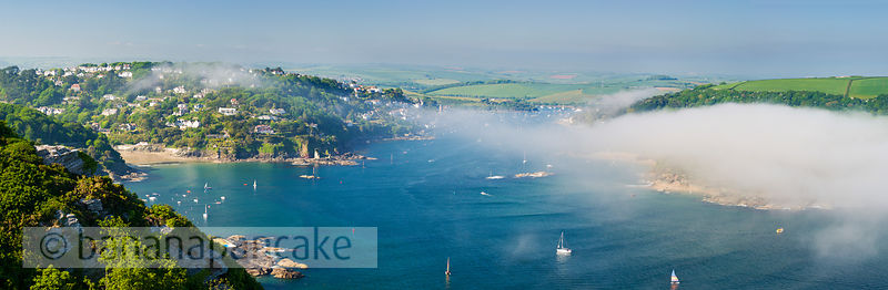 BP2116b - Sea mist, Salcombe Estuary