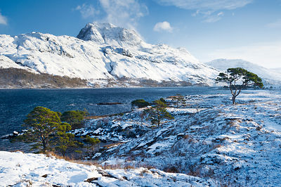 BP2288 - Slioch, from Loch Maree, Winter