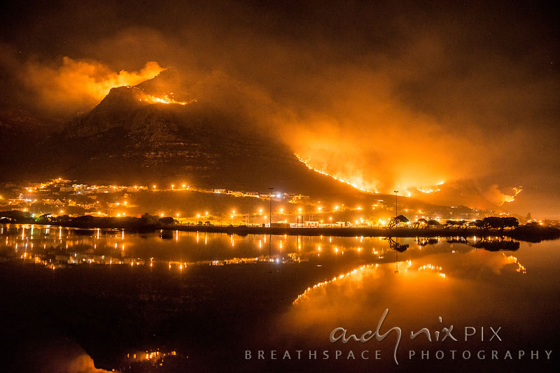 Muizenberg Peak and Lakeside from Zandvlei at 5am on day three of the fire, back where it began.