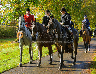 Richard Hunnisett, Bee Bell, James Mossman arriving at the meet at Preston Lodge - Opening Meet 2016