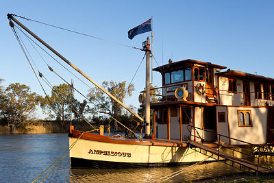 PV Amphibious moored on the Darling River, Wentworth.