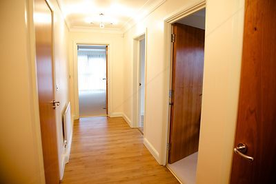 Entrance Hall of apartments with Laminate Floor
