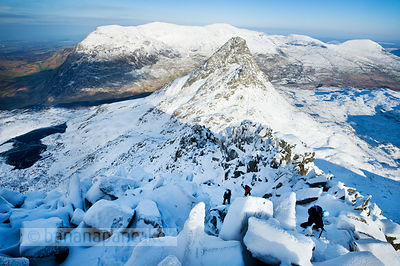Climbers on the Bristly Ridge - BP2806