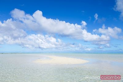 Sand bank in Aitutaki lagoon, Cook Islands