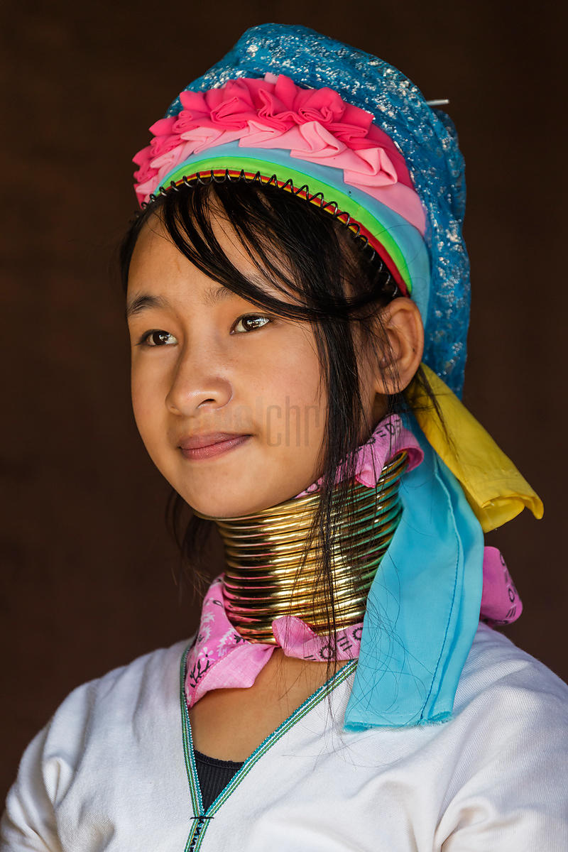 Portrait of a Padaung Woman Mudaung (14)