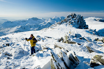 Winter walking on Glyder Fach, Snowdonia - BP2798B