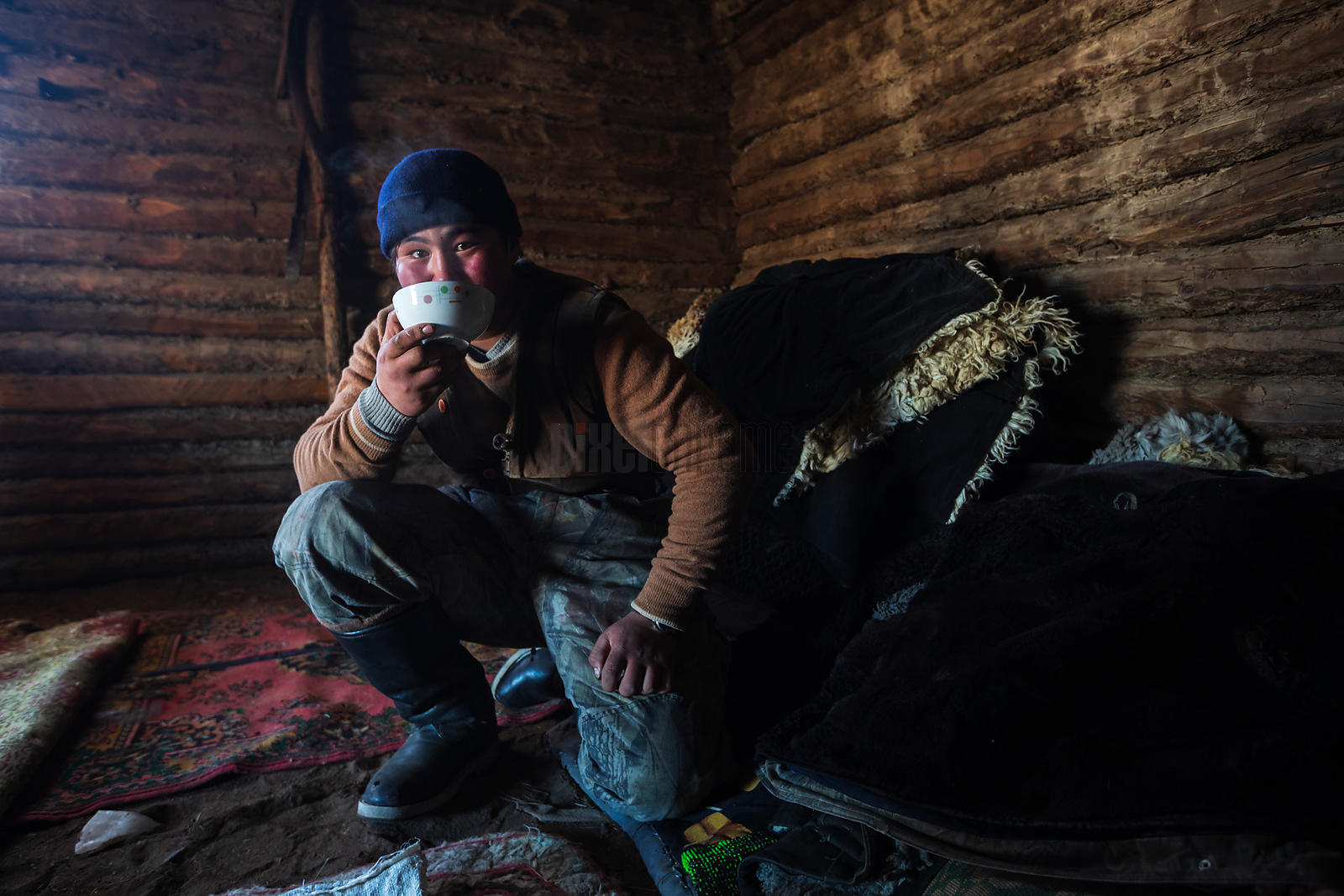 Drinking Tea after a Long Day on the Migration Trail.