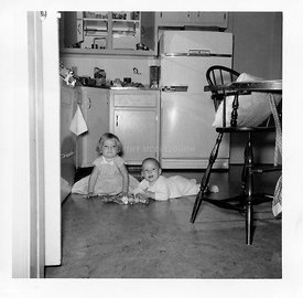 Me_with_Jim_on_kitchen_floor